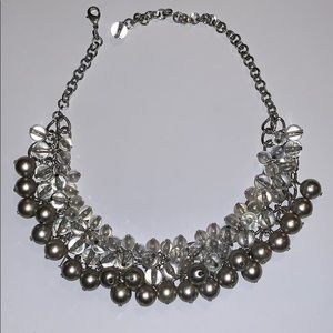 Jewelry - Beaded costume jewelry necklace shirt silver/clear
